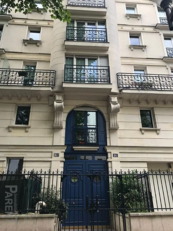 ISSY-LES-MOULINEAUX - 3 pièces de 67,48 m²
