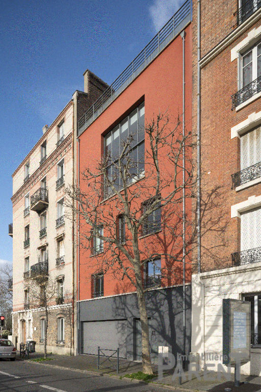 Maison d'architecte - Vanves Limite Paris 15 - Issy les Moulineaux - 280 m2 terrasses, garage, studio.