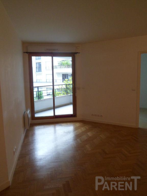ISSY-LES-MOULINEAUX - 2 pièces de 43,78 m²