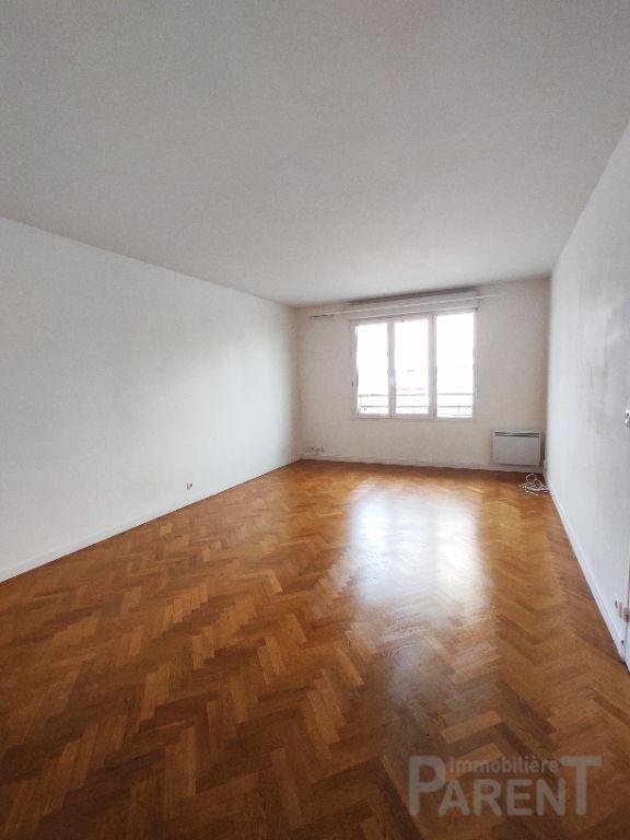 CHATILLON - 2 pièces de 50,18 m²