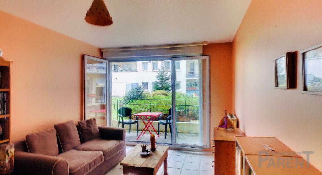 """CHATILLON """"Maison BLANCHE """": 2 Pièces de 46,56 m² ouvert sur balcon/errasse"""