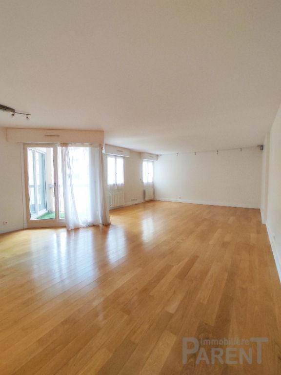 VANVES - 4 / 5 pièces de 114,35 m²