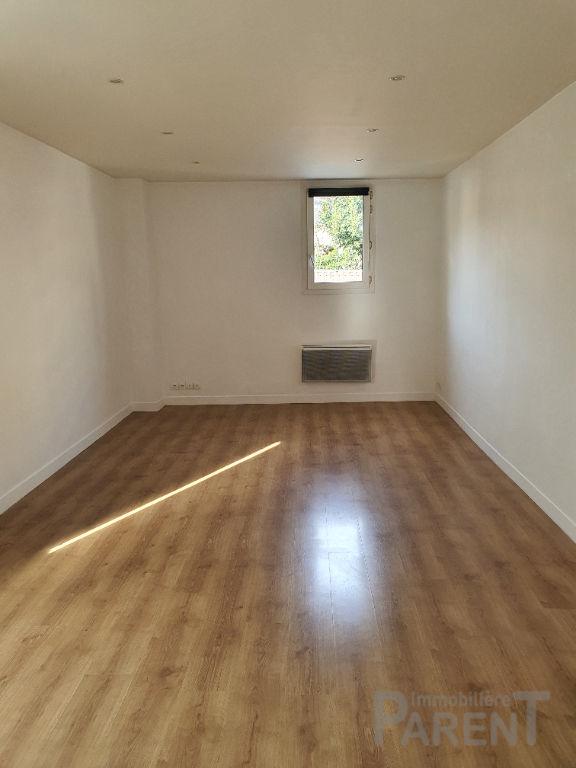 CHAVILLE - Studio de 27,34 m²