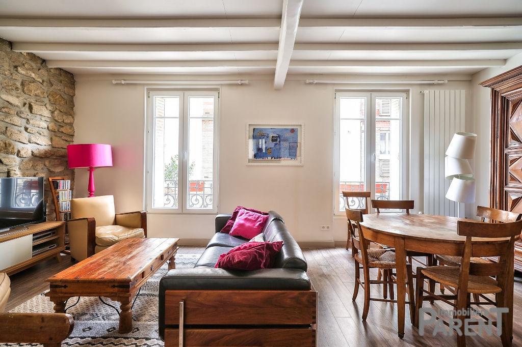 Issy Mairie - Très beau 3 pièces duplex de 64 m²  (1er et 2ème étage sur Cour - charme de l'ancien rénové