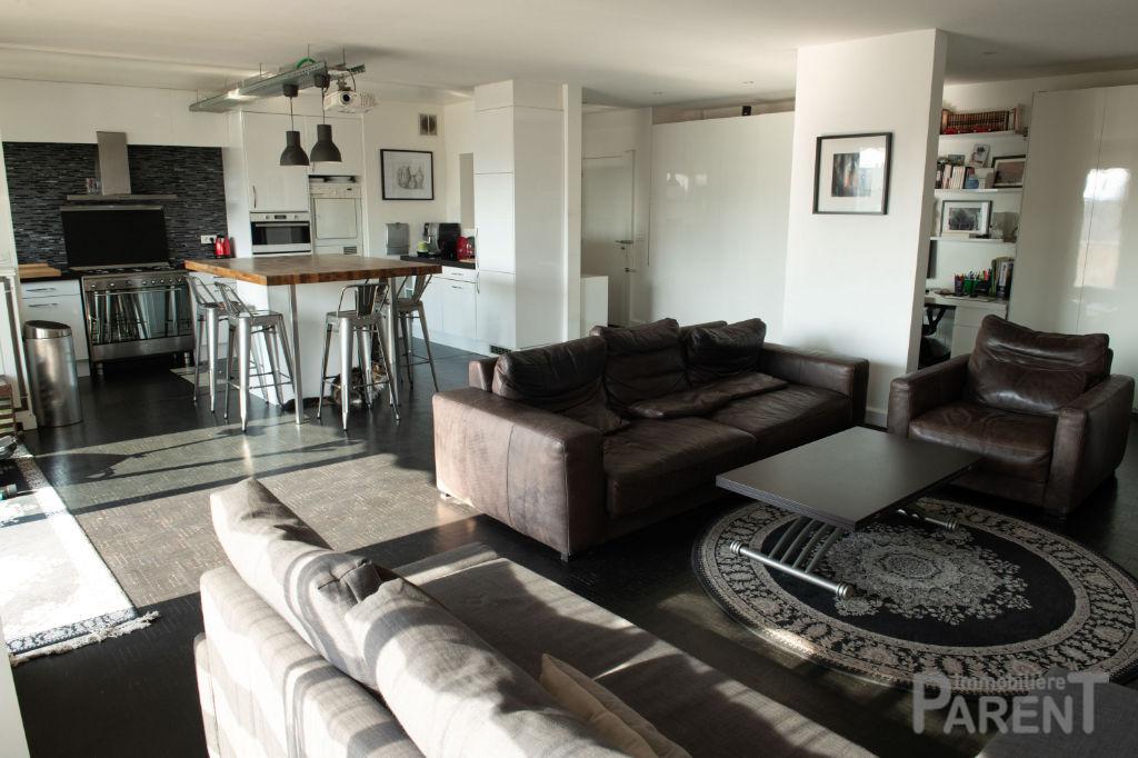 Appartement Paris 5 pièce(s) 116.68 m2