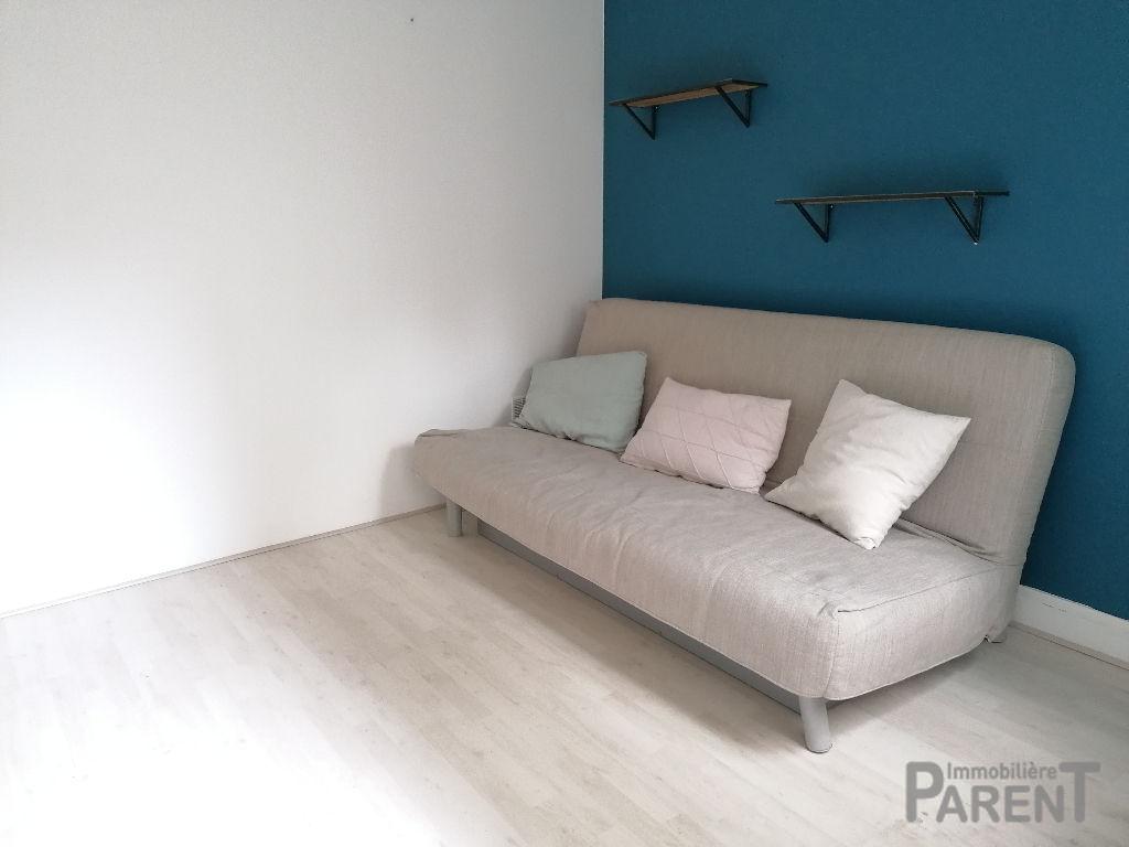 Appartement Paris 1 pièce(s) 22.35 m2