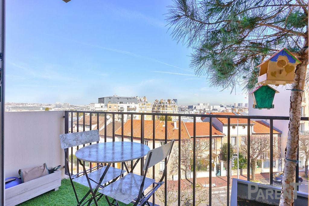 ISSY - Mairie- Parc Henri Barbusse - Superbe 3/4P de 71,1 m² avec balcon et vue dégagée.