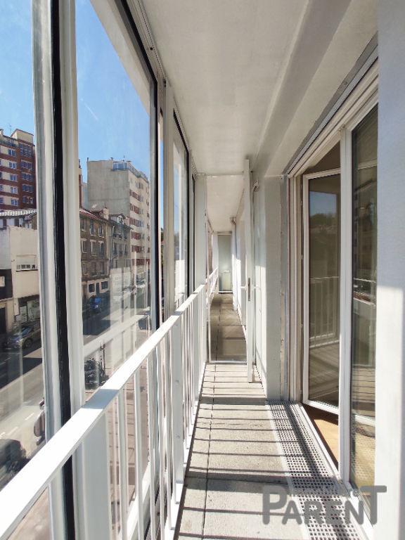 ISSY-LES-MOULINEAUX - 3 pièces de 59,10 m²