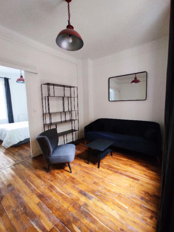VANVES - 2 pièces MEUBLE de 29,75 m²