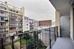 PARIS XIX / Métro Jaurès / Marché Secrétan - 31,63m² avec balcon (Sud-Ouest)