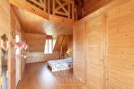 Maison style longère avec piscine intérieure et terrain de 3000 m2, à 10 minutes de Soissons 7/10
