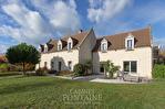 Maison style longère avec piscine intérieure et terrain de 3000 m2, à 10 minutes de Soissons 9/10