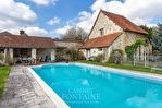 Demeure en pierre de 235 m2 sur 2000 m2 de terrain, piscine, à 25 min de Soissons. 2/12