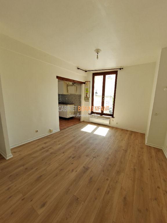 Appartement Saint Germain En Laye 1 pièce(s) 20.85 m2