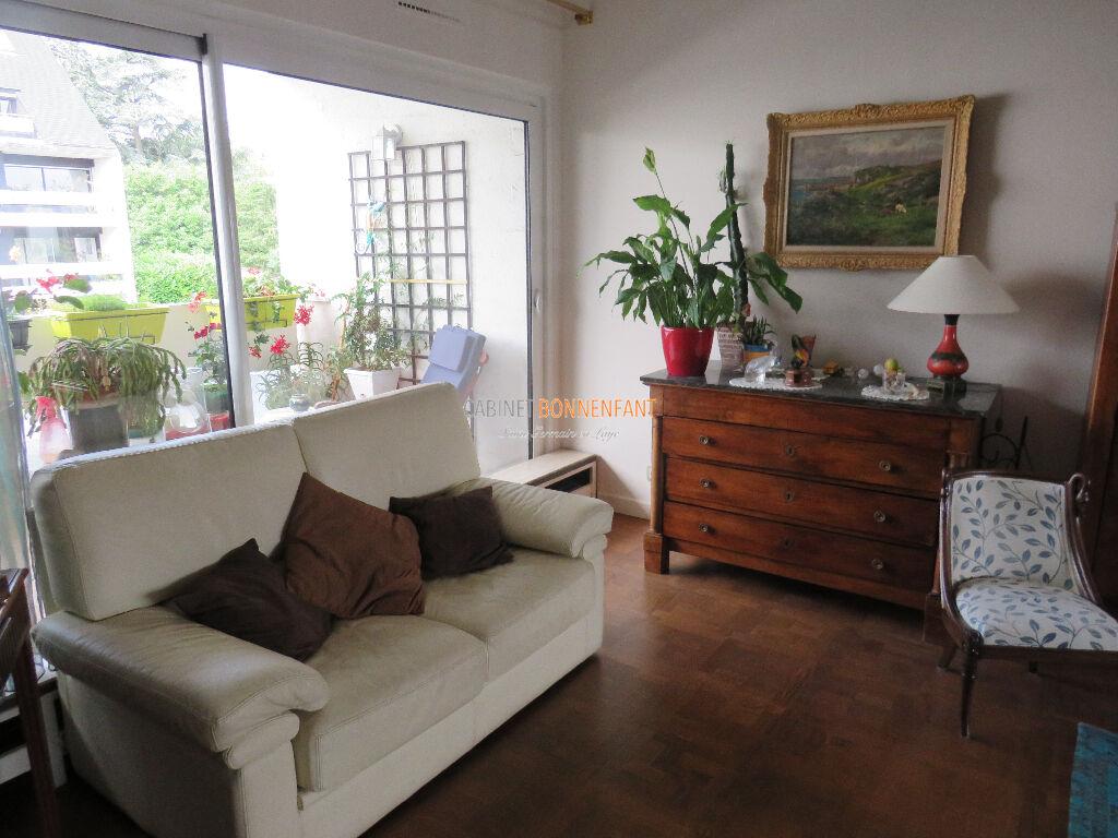 Appartement  7 pièce(s) 160.75 m2