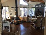 Maison d'architecte avec gîtes meublés et piscine chauffée 2/11