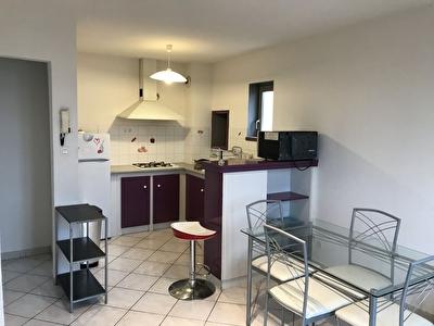 CARCASSONNE - Au coeur de la BASTIDE T2 duplex meuble 43 m2