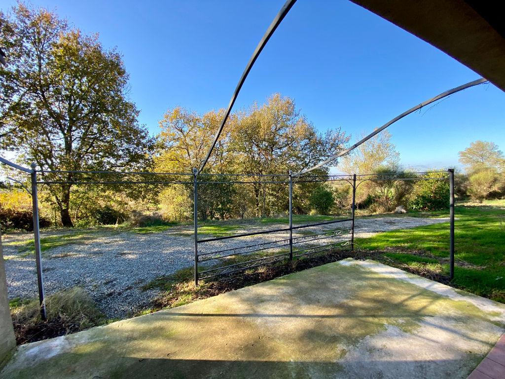 Maison Saint Martin De Villerèglan 11300 - 4 pièces 111 m² -