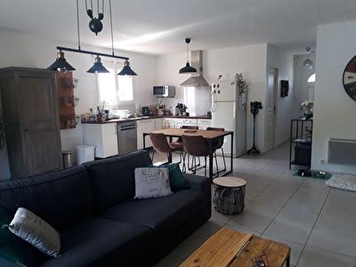A louer Maison  Pezens 3 pieces 73 m2