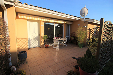Maison a Villegly 11600 -  3 pieces 90 m2 - Residence Seniors