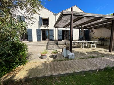 11000 CARCASSONNE - Produit Rare et exceptionnel ! Veritable loft industriel 380 m2 + jardin 1 200 m2