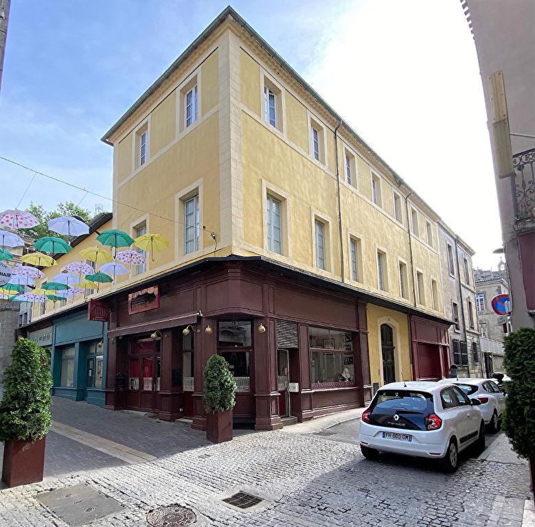 Immeuble 460 m² à Carcassonne 4 appartements + local commercial