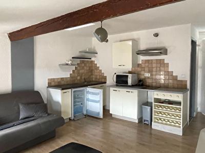 CARCASSONNE - Appartement  2 pieces meuble - Vue Cite