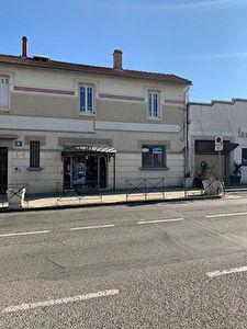 CARCASSONNE - Local commercial 250 m2 environ aux portes de la Bastide