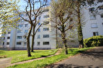 Appartement Nantes ZOLA LA FERME DU RÛ  Séjour, cuisine, 3 chambres . salle d'eau. Parking  réservé. 3/7