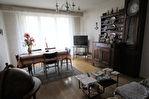 Appartement Nantes ZOLA LA FERME DU RÛ  Séjour, cuisine, 3 chambres . salle d'eau. Parking  réservé. 4/7