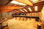 Entrepôts avec mezzanine et maison d'habitation sur plus de 40 000 m² dont 17 000 m² constructibles 2/18