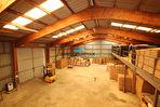 Entrepôts avec mezzanine et maison d'habitation sur plus de 40 000 m² dont 17 000 m² constructibles 3/18