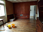 Immeuble abritant un superbe espace en RDC, logement et dépendances 8/18