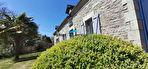 Maison de caractère avec extension vitrée et dépendance dans un hameau 2/18