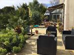 Grande propriété contemporaine avec appartement et piscine couverte, vue mer 2/16