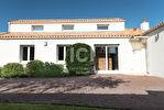 Maison Les Sorinieres 6 pièce(s), 168m2, plein bourg. 3/7