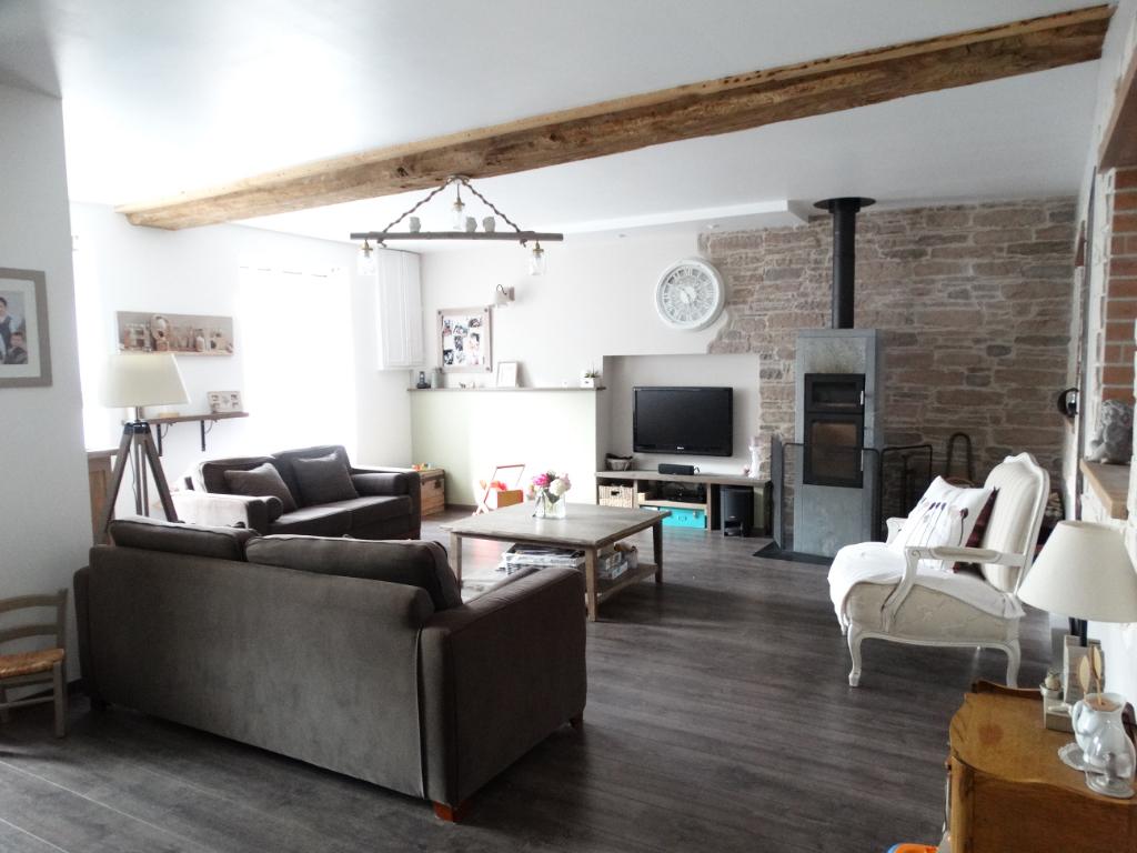 Maison Jallais 6 pièce(s) 155 m2