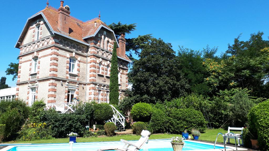 Saint Georges Sur Loire 15'Angers Ouest. Visite virtuelle 360 °.