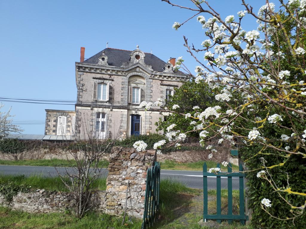 Montjean Sur Loire Maison Bourgeoise de 208 m2