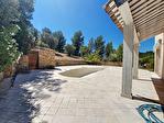 A Saint Cyr sur mer, une maison de type 4 avec piscine et dépendance. Vue mer exceptionnelle. 9/15