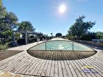Villa de type 6 de plain pied avec piscine sur 2214m² de terrain 17/17