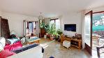 Sur la commune de La Cadière D'Azur, Maison composée de 2 appartements sur un terrain de 2267 m² 9/11