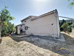Maison avec garage sur 580 m² en zone agricole 9/12