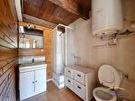 Maison avec garage sur 580 m² en zone agricole 10/12