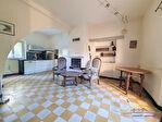 Maison composée de 3 logements avec garage, cave, cuisine d'été et Piscine. 11/12