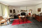Située à proximité de l'anse de Montmarin, en bord de Rance, propriété de caractère en parfait état sur beau jardin paysagé 4/12