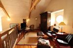 Située à proximité de l'anse de Montmarin, en bord de Rance, propriété de caractère en parfait état sur beau jardin paysagé 9/12