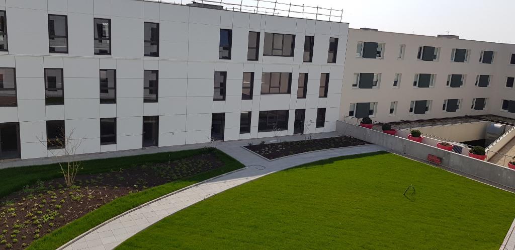 A vendre 160 m² Bureaux neufs, Brest port de commerce