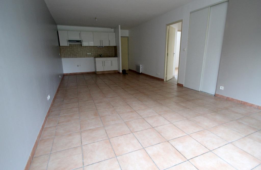 Appartement  T3 Matignon Centre bourg