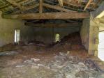 A VENDRE ANCIENNE GRANGE 140 M2 AU SOL AVEC TERRAIN 2/3